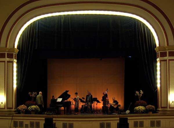 Architecture – Andrew Carnegie Free Library & Music Hall